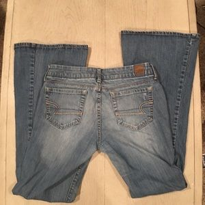 AEO Real Flare Jeans size 6